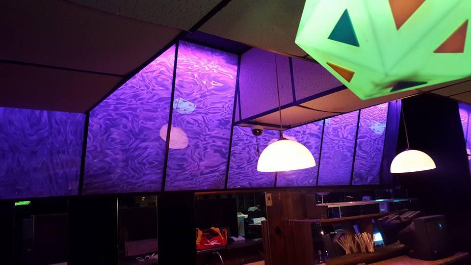 декоративная 3d пленка в интерьере кафе, ночного клуба