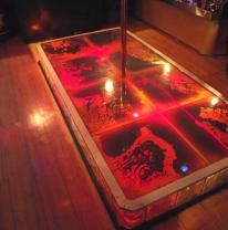 Стиптиз подиум из живой плитки
