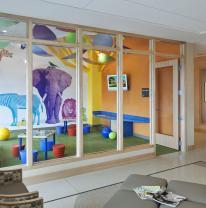 Использование живой плитки liquid floor в интерьере детской комнаты
