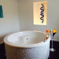 3D пленка в интерьере ванной