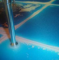 Напольное покрытие из живой плитки в дизайне торговых помещений